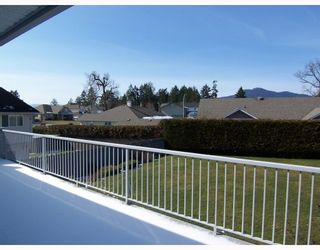 "Photo 9: 2489 TIMBERCREST Drive in No_City_Value: Out of Town House for sale in ""TIMBERCREST ESTATES"" : MLS®# V754439"