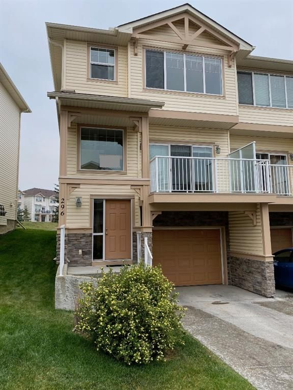Main Photo: 296 Sunset Point: Cochrane Row/Townhouse for sale : MLS®# A1134676