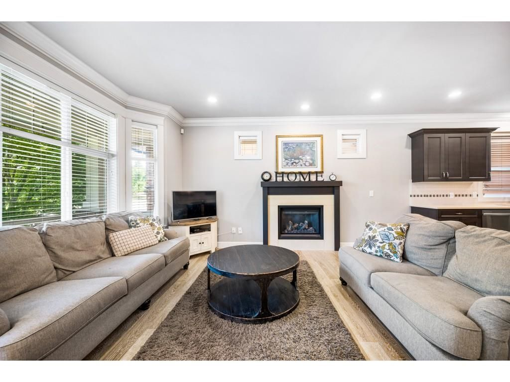Photo 12: Photos: 5055 223 Street in Langley: Murrayville House for sale : MLS®# R2611969