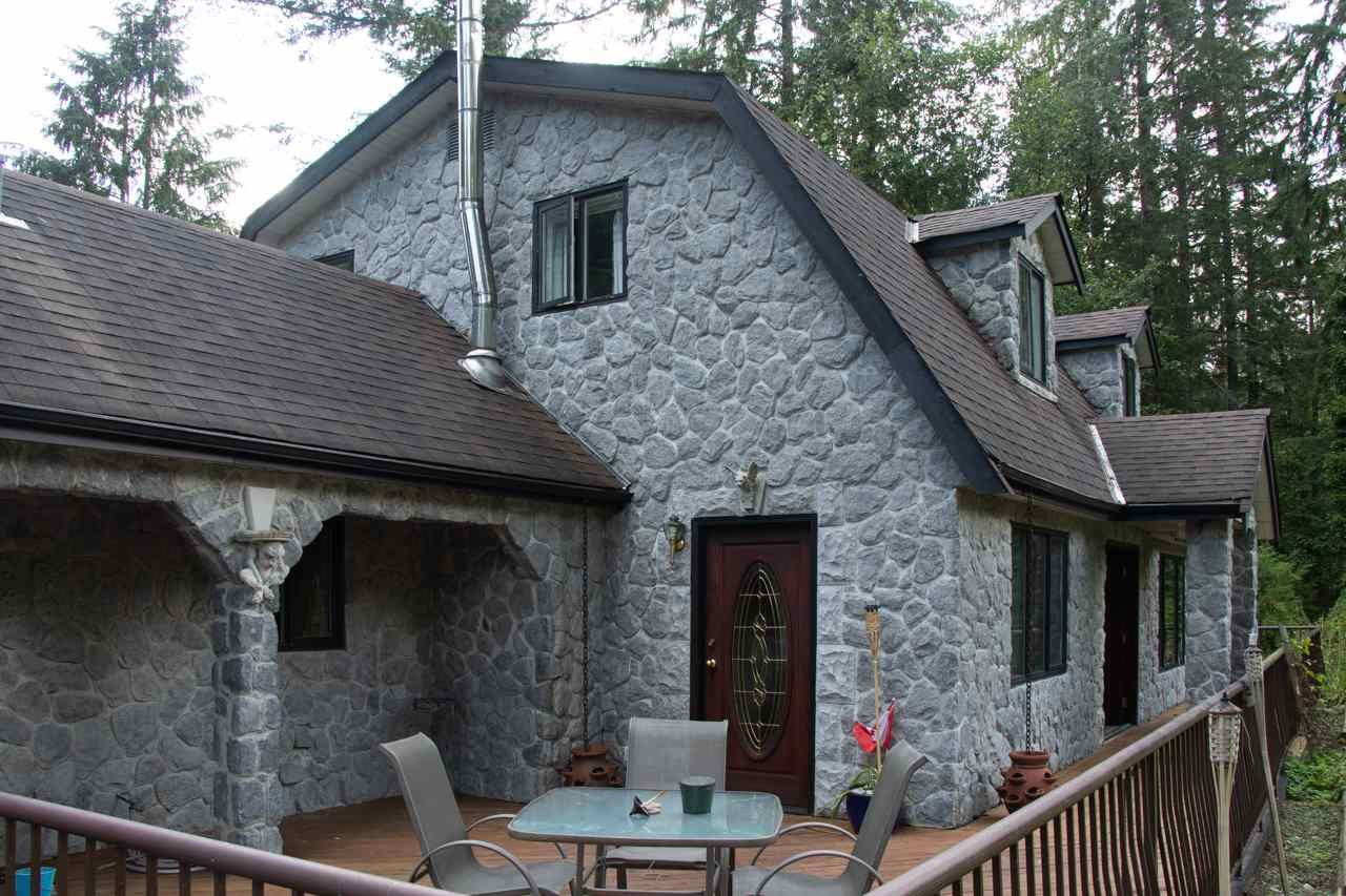 Photo 2: Photos: 11644 CAMPION Street in Mission: Stave Falls House for sale : MLS®# R2383571