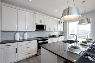 Photo 7: 329 Walgrove Terrace SE in Calgary: Walden Detached for sale : MLS®# A1045939