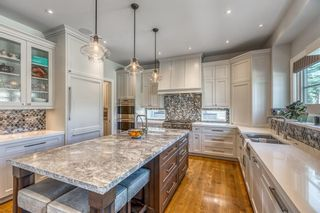 Photo 8: 10 Elveden Heights SW in Calgary: Springbank Hill Detached for sale : MLS®# A1094745