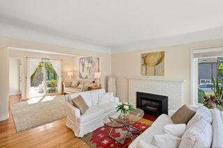 Photo 6: 129 MOSS St in : Vi Fairfield West House for sale (Victoria)  : MLS®# 883349