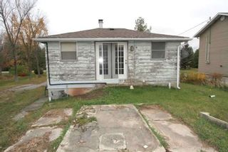Photo 2: 208 Mcguire Beach Road in Kawartha Lakes: Rural Carden House (Bungalow) for sale : MLS®# X4970159