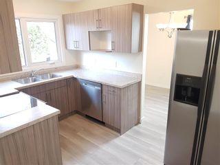 Photo 8: 15 Mount Allison Bay in Winnipeg: Fort Richmond Residential for sale (1K)  : MLS®# 202109600