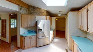 Photo 23: 1606 YMCA Road in Langdale: Gibsons & Area Manufactured Home for sale (Sunshine Coast)  : MLS®# R2574027