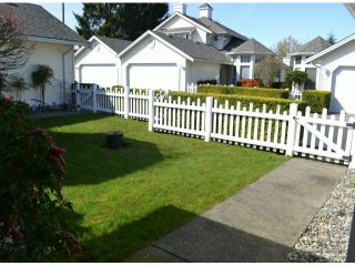 """Photo 2: 21 9208 208TH Street in Langley: Walnut Grove Townhouse for sale in """"CHURCHILL PARK"""" : MLS®# F1408663"""