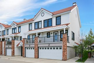Photo 3: 50 Royal Oak Lane NW in Calgary: Royal Oak Row/Townhouse for sale : MLS®# A1119394