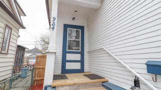 Photo 3: 934 Banning Street in Winnipeg: Sargent Park Residential for sale (5C)  : MLS®# 202110533
