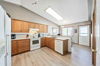 Photo 4: 32 West Gissing Road: Cochrane Detached for sale : MLS®# A1149864