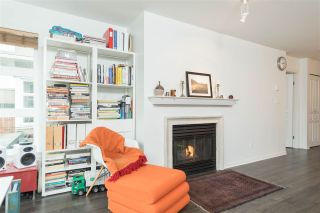 """Photo 7: 409 2181 W 12TH Avenue in Vancouver: Kitsilano Condo for sale in """"THE CARLINGS"""" (Vancouver West)  : MLS®# R2109924"""