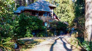 Photo 3: 1055 & 1057 GOWER POINT Road in Gibsons: Gibsons & Area House for sale (Sunshine Coast)  : MLS®# R2552576