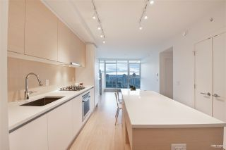 """Photo 2: 2006 657 WHITING Way in Coquitlam: Coquitlam West Condo for sale in """"LOUGHEED HEIGHT 1"""" : MLS®# R2517370"""