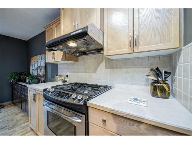 Photo 18: Photos: 137 COVE Court: Chestermere House for sale : MLS®# C4090938