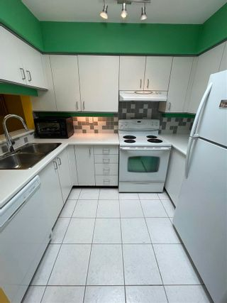 """Photo 6: PH D 2775 FIR Street in Vancouver: Fairview VW Condo for sale in """"STERLING COURT"""" (Vancouver West)  : MLS®# R2592529"""