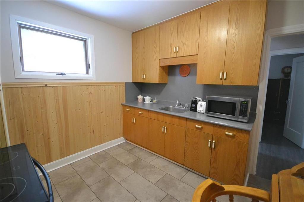 Photo 3: Photos: 245 Dumoulin Street in Winnipeg: St Boniface Residential for sale (2A)  : MLS®# 202000469