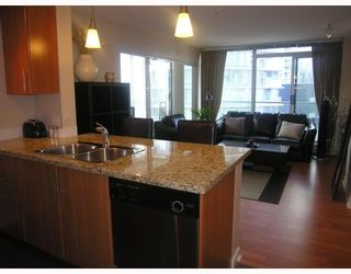 Photo 3: 906 688 ABBOTT Street in Vancouver: Downtown VW Condo for sale (Vancouver West)  : MLS®# V788314