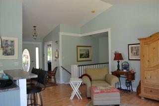 Photo 6: 5315 CEDARVIEW Place in Sechelt: Sechelt District House for sale (Sunshine Coast)  : MLS®# R2368813