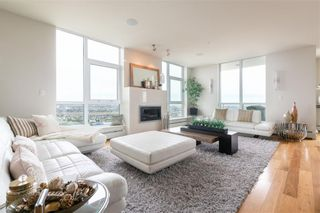 Photo 3: 3002 99 SPRUCE Place SW in Calgary: Spruce Cliff Apartment for sale : MLS®# A1011022