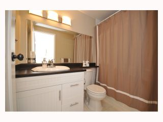 """Photo 7: 107 310 W 3RD Street in North Vancouver: Lower Lonsdale Condo for sale in """"DEVON MANOR"""" : MLS®# V788416"""