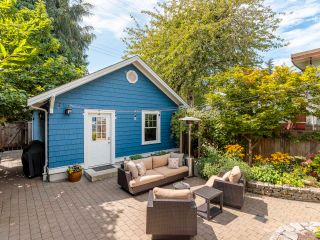 """Photo 31: 3878 W 15TH Avenue in Vancouver: Point Grey House for sale in """"Point Grey"""" (Vancouver West)  : MLS®# R2625394"""