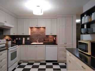 "Photo 5: 123 3455 WRIGHT Street in Abbotsford: Abbotsford East Townhouse for sale in ""Laburnum Mews"" : MLS®# R2549940"