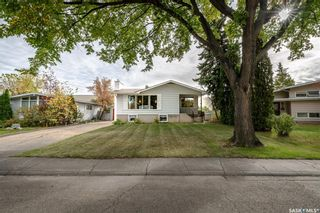 Photo 1: 6 Morton Place in Saskatoon: Greystone Heights Residential for sale : MLS®# SK828159