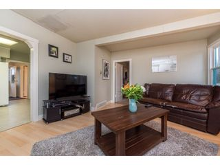 Photo 7: 28741 58 Avenue in Abbotsford: Bradner House for sale : MLS®# R2431337