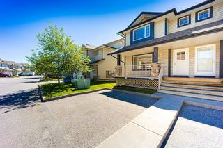 Photo 3: 121 Citadel Point NW in Calgary: Citadel Row/Townhouse for sale : MLS®# A1121802