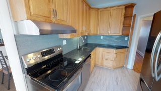 Photo 7: River Heights Bungalow for sale at 442 Niagara Stree!