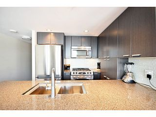 "Photo 6: # 306 2232 DOUGLAS RD in Burnaby: Brentwood Park Condo for sale in ""Affinity By BOSA"" (Burnaby North)  : MLS®# V999820"