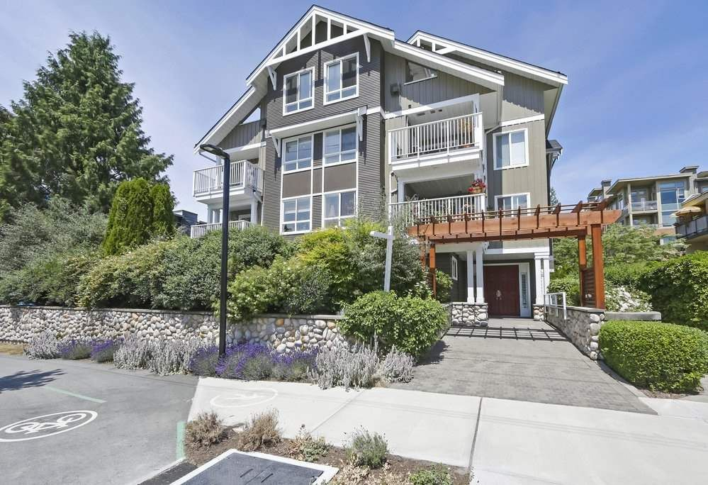 Main Photo: 302 128 W 21ST STREET in North Vancouver: Central Lonsdale Condo for sale : MLS®# R2408450