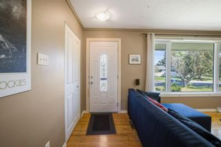 Photo 2: 97 Lynnwood Drive SE in Calgary: Ogden Detached for sale : MLS®# A1141585