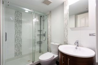 """Photo 8: 804 939 HOMER Street in Vancouver: Yaletown Condo for sale in """"THE PINNACLE"""" (Vancouver West)  : MLS®# R2581957"""
