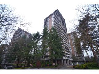 """Photo 4: 2404 3755 BARTLETT Court in Burnaby: Sullivan Heights Condo for sale in """"Timbelea/Oak"""" (Burnaby North)  : MLS®# V981075"""