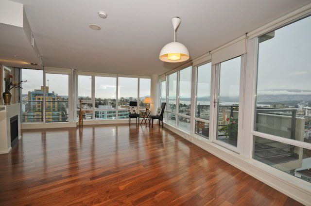 Main Photo: 1103 1690 W 8TH AVENUE in : Fairview VW Condo for sale (Vancouver West)  : MLS®# V861344