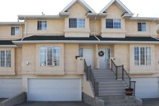 Photo 1: 44 2419 133 Avenue in Edmonton: Zone 35 Townhouse for sale : MLS®# E4236592