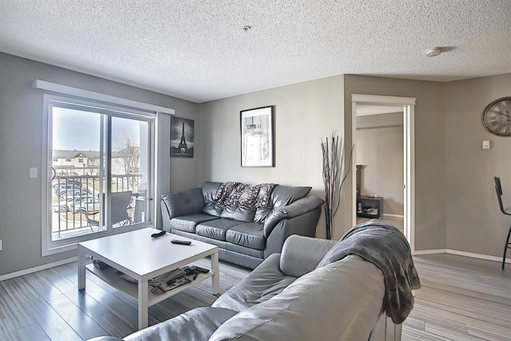 Photo 15: Photos: 2211 43 Country Village Lane NE in Calgary: Country Hills Village Apartment for sale : MLS®# A1085719