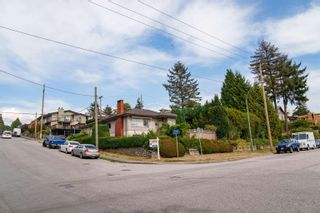 Photo 10: 400 E 1ST Street in North Vancouver: Lower Lonsdale House for sale : MLS®# R2612536