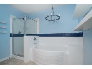 """Photo 12: 6627 205 Street in Langley: Willoughby Heights House for sale in """"WILLOW RIDGE"""" : MLS®# R2407803"""