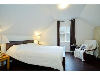"""Photo 7: 2840 TRIUMPH Street in Vancouver: Hastings East House for sale in """"Hastings Sunrise"""" (Vancouver East)  : MLS®# V1033921"""