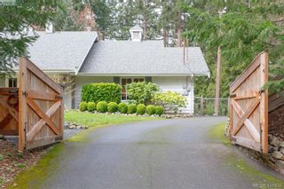 Photo 3: 1290 Maple Rd in NORTH SAANICH: NS Lands End House for sale (North Saanich)  : MLS®# 834895