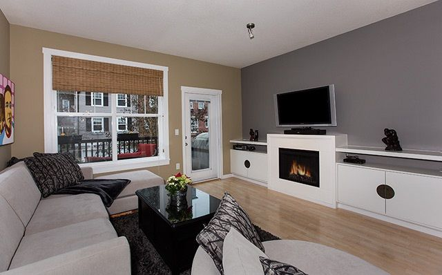 """Photo 6: Photos: 4 15075 60 Avenue in Surrey: Sullivan Station Townhouse for sale in """"Nature's Walk"""" : MLS®# R2028031"""