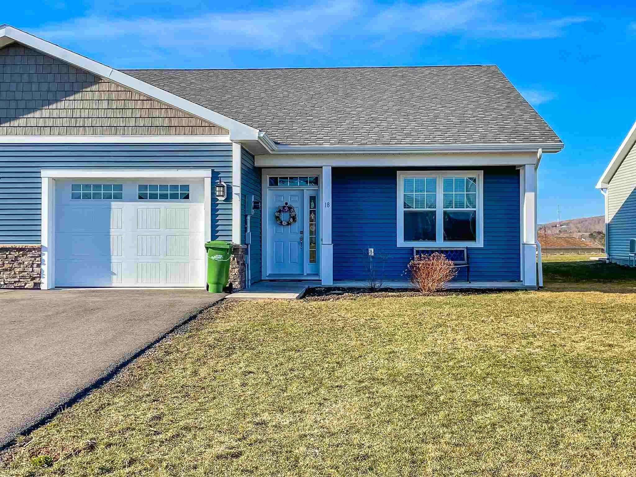Main Photo: 18 MacKinnon Court in Kentville: 404-Kings County Residential for sale (Annapolis Valley)  : MLS®# 202107294