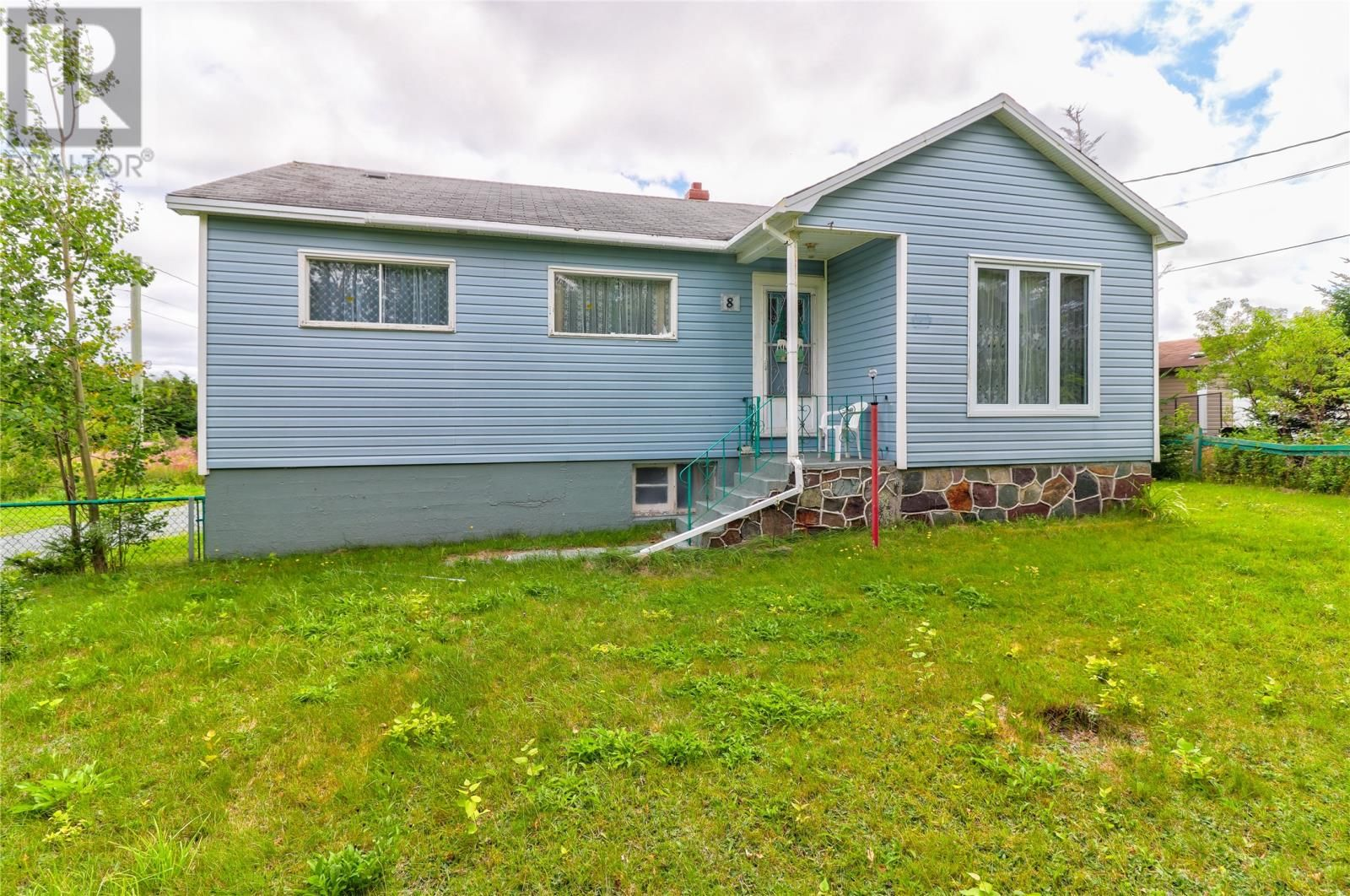 Main Photo: 8 Blackberry Crescent in Torbay: House for sale : MLS®# 1236499