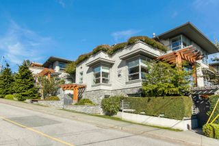 """Main Photo: 304 2388 MARINE Drive in West Vancouver: Dundarave Condo for sale in """"Dundarave Village Point"""" : MLS®# R2616698"""