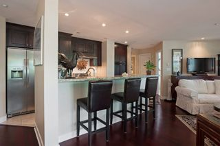 "Photo 12: 205 14824 N BLUFF Road: White Rock Condo for sale in ""Belaire"" (South Surrey White Rock)  : MLS®# R2005655"