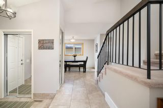 Photo 5: 36 Bermuda Way NW in Calgary: Beddington Heights Detached for sale : MLS®# A1111747