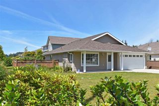 Photo 1: 5699 NICKERSON Road in Sechelt: Sechelt District House for sale (Sunshine Coast)  : MLS®# R2476491