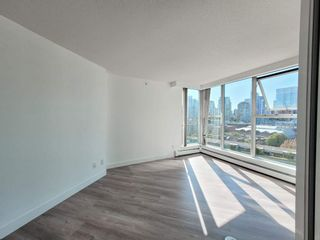 """Photo 11: 1602 1009 EXPO Boulevard in Vancouver: Yaletown Condo for sale in """"Landmark 33"""" (Vancouver West)  : MLS®# R2593362"""